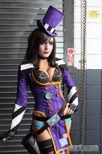 Free Hentai Cosplay Gallery: Borderlands 2 - Mad Moxxi Cosplay