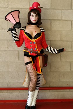 Free Hentai Cosplay Gallery: Borderlands - Mad Moxxi
