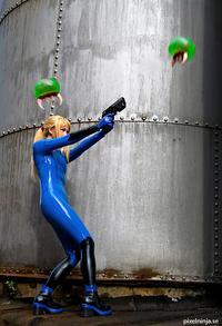 Free Hentai Cosplay Gallery: Samus Aran Zero Suit Cosplay