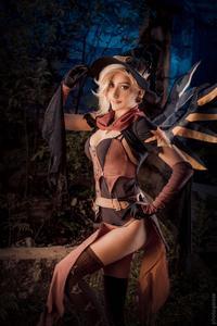 [Knite] Witch Mercy cosplay